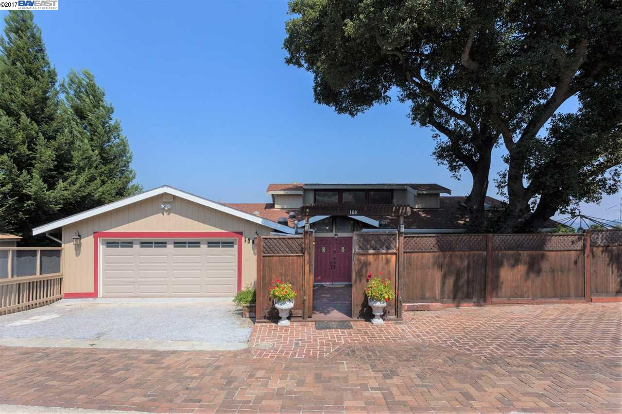 Single Family Home for Rent at 108 Lucille Way 108 Lucille Way Orinda, California 94563 United States