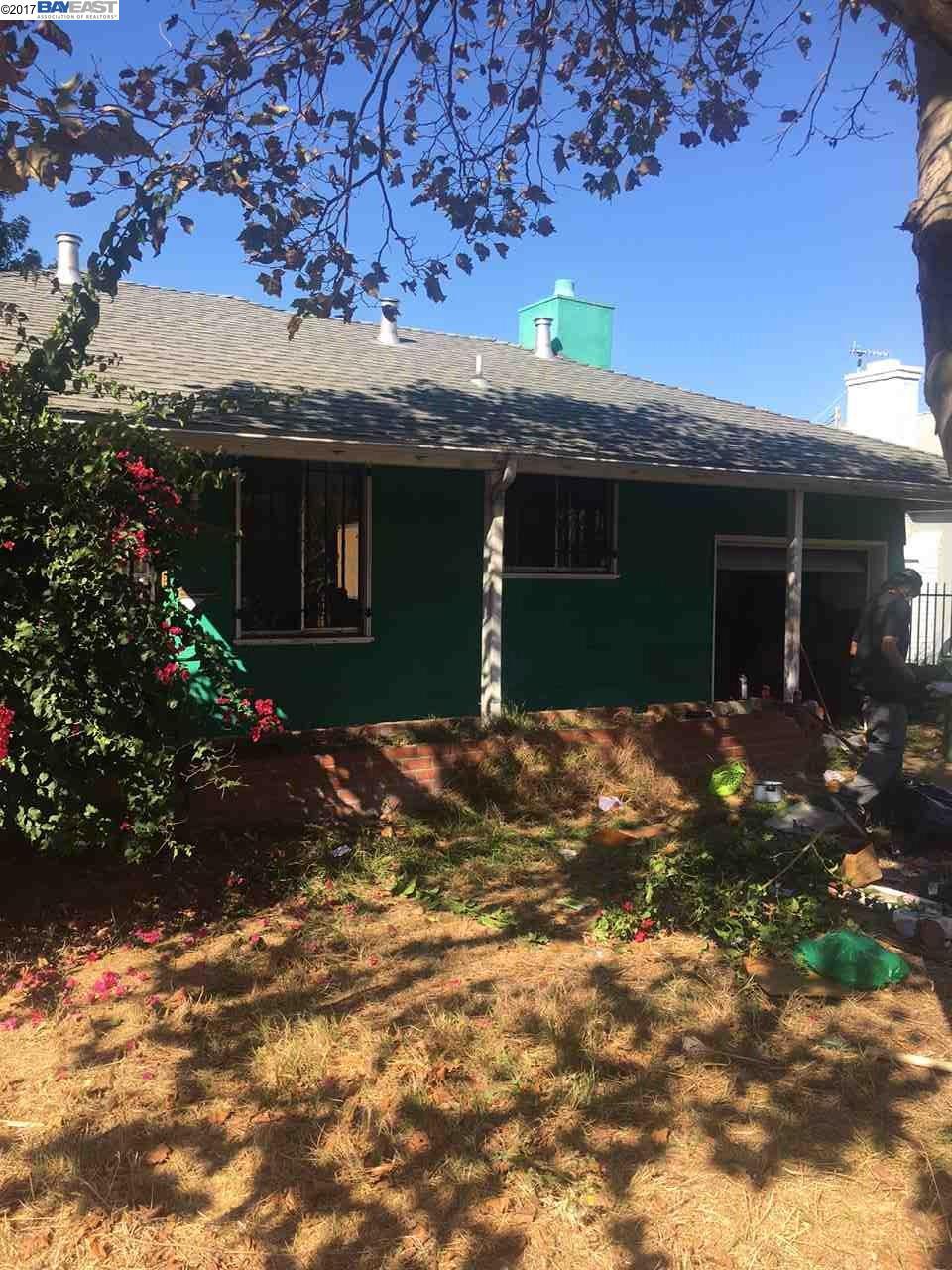 Maison unifamiliale pour l Vente à 589 CAPISTRANO Drive 589 CAPISTRANO Drive Oakland, Oregon 97603 États-Unis