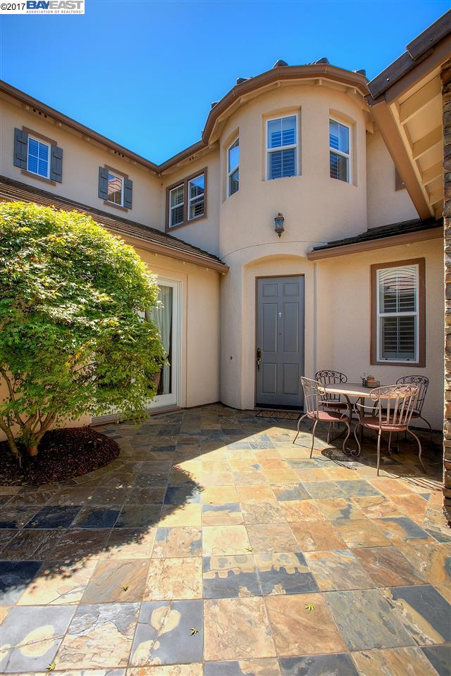 Single Family Home for Rent at 232 CULLENS Court 232 CULLENS Court San Ramon, California 94582 United States
