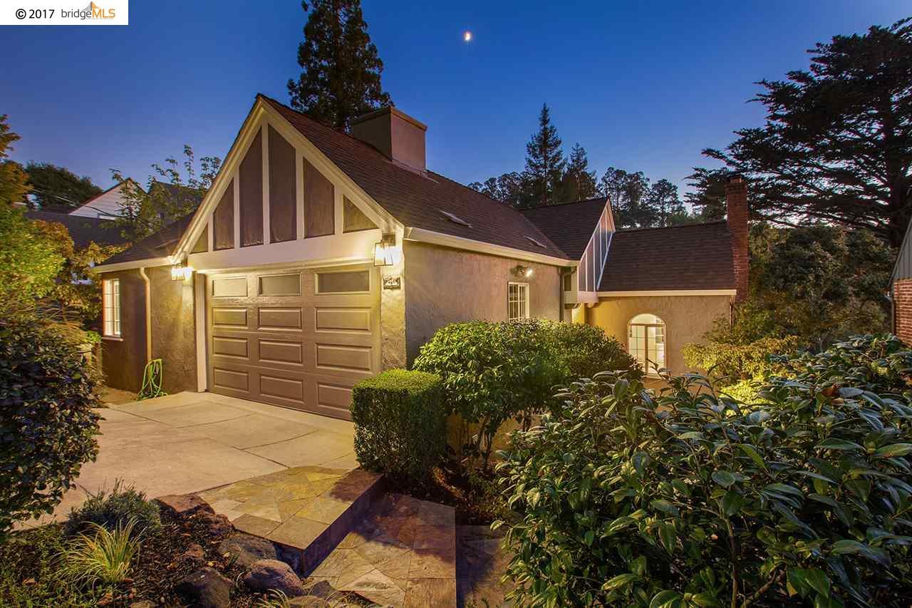 واحد منزل الأسرة للـ Sale في 4355 Harbord Drive 4355 Harbord Drive Oakland, California 94618 United States