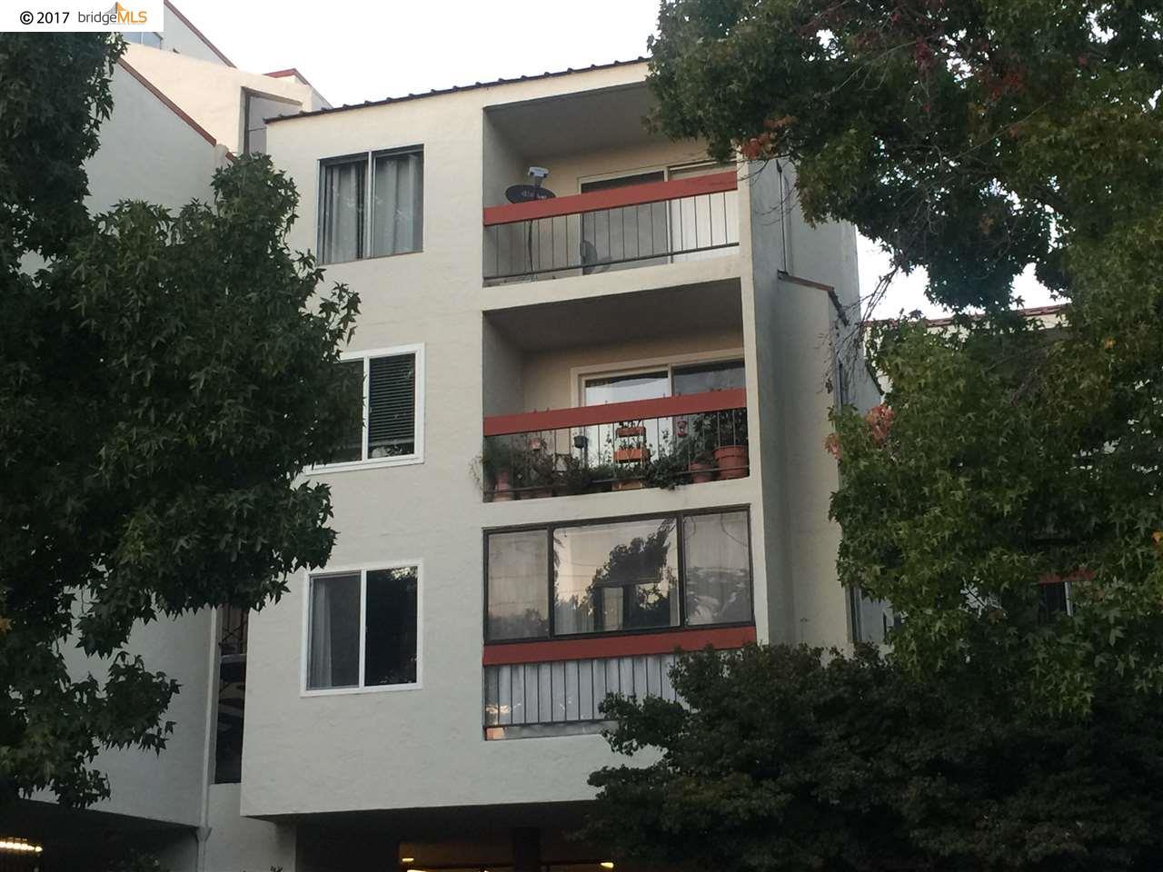 Condominio por un Venta en 288 Whitmore Street 288 Whitmore Street Oakland, California 94611 Estados Unidos