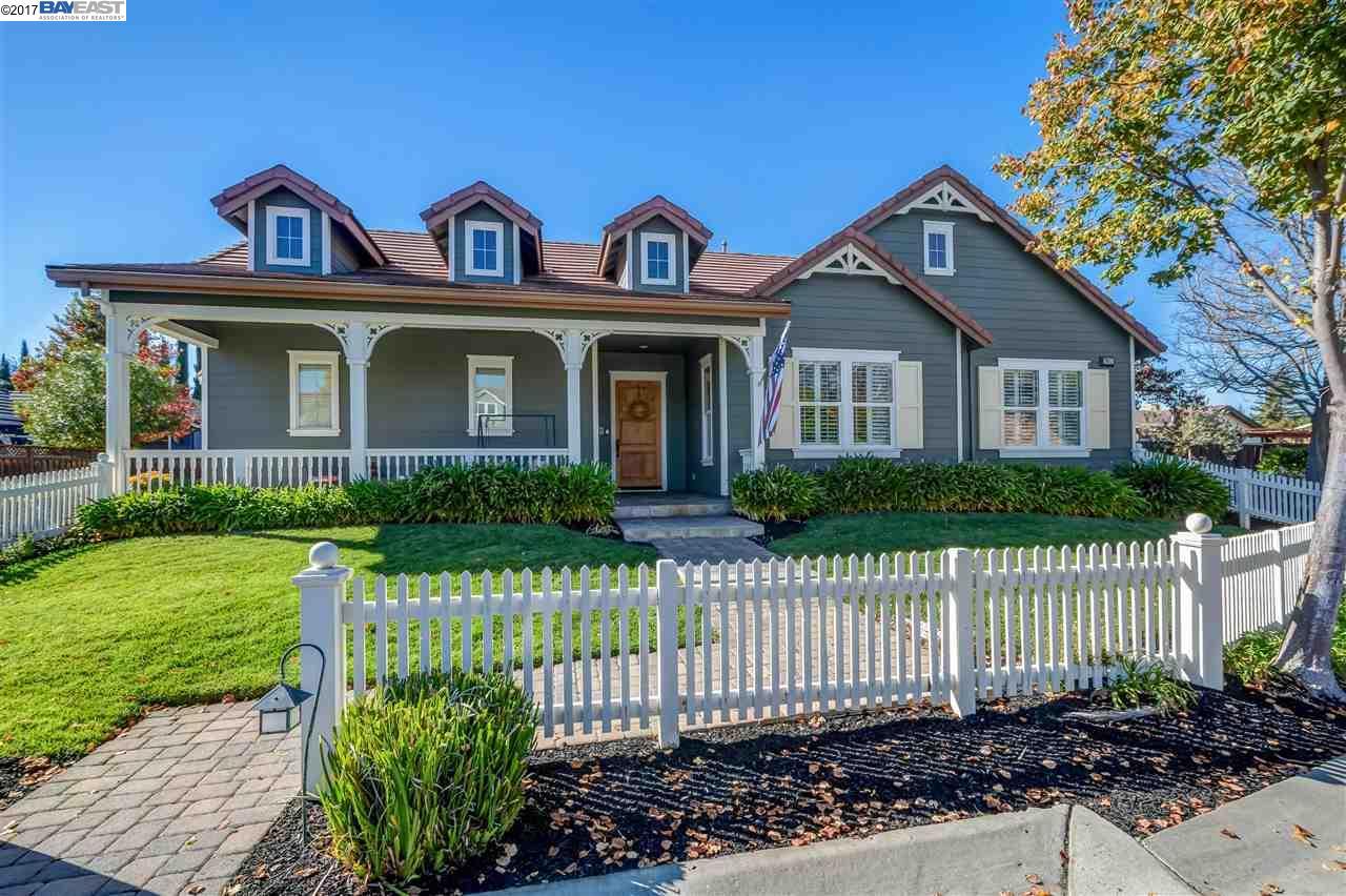 واحد منزل الأسرة للـ Sale في 2917 Bertolli Court 2917 Bertolli Court Livermore, California 94550 United States