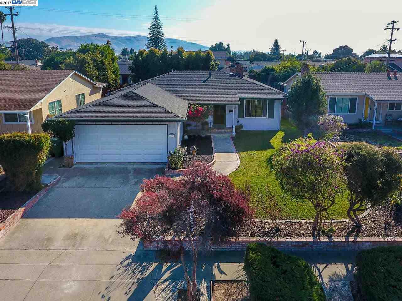 Maison unifamiliale pour l Vente à 4736 Ridpath Street 4736 Ridpath Street Fremont, Californie 94538 États-Unis