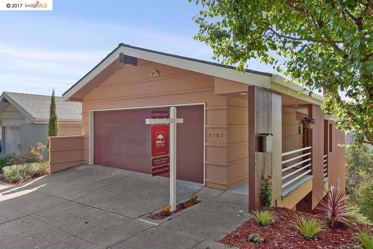 Casa Unifamiliar por un Venta en 3167 Monterey Blvd 3167 Monterey Blvd Oakland, California 94602 Estados Unidos
