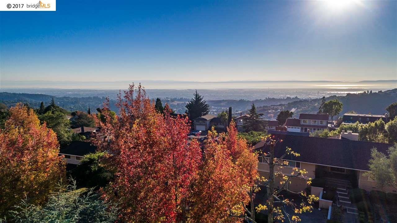 Einfamilienhaus für Mieten beim 7628 Surrey Lane 7628 Surrey Lane Oakland, Kalifornien 94605 Vereinigte Staaten