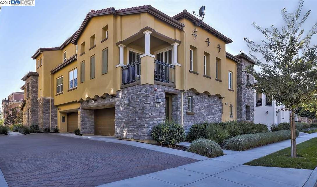 共管物業 為 出售 在 663 Selby Lane 663 Selby Lane Livermore, 加利福尼亞州 94551 美國