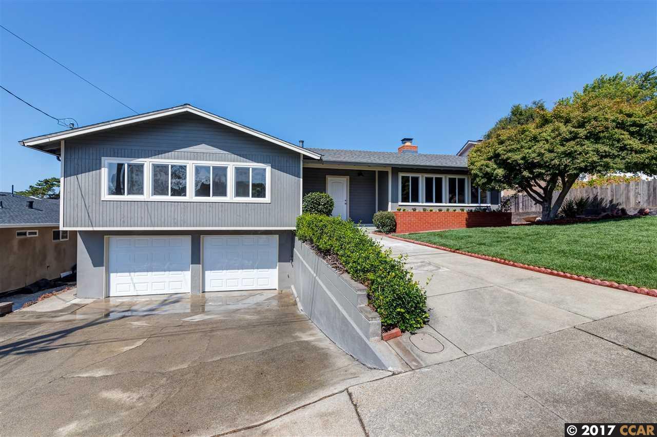 Casa Unifamiliar por un Venta en 878 Hawthorne 878 Hawthorne Rodeo, California 94572 Estados Unidos