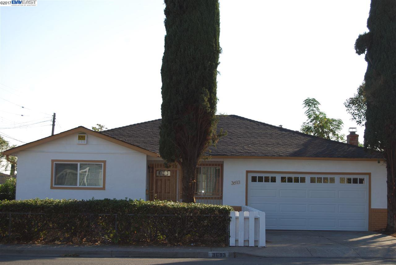 Single Family Home for Rent at 3693 Crestview Drive 3693 Crestview Drive Pittsburg, California 94565 United States