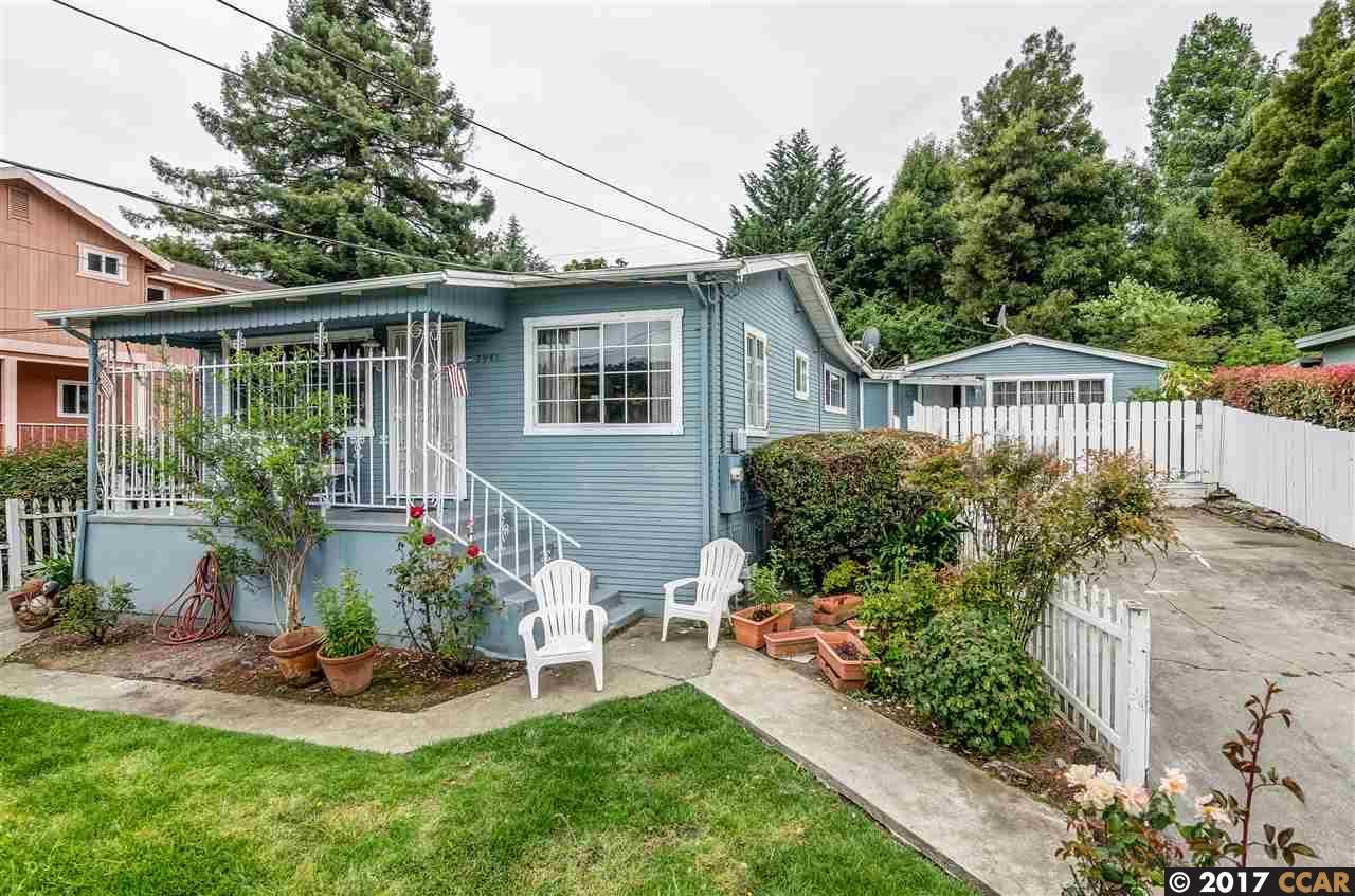 Casa Unifamiliar por un Venta en 7941 Winthrope Street 7941 Winthrope Street Oakland, California 94605 Estados Unidos
