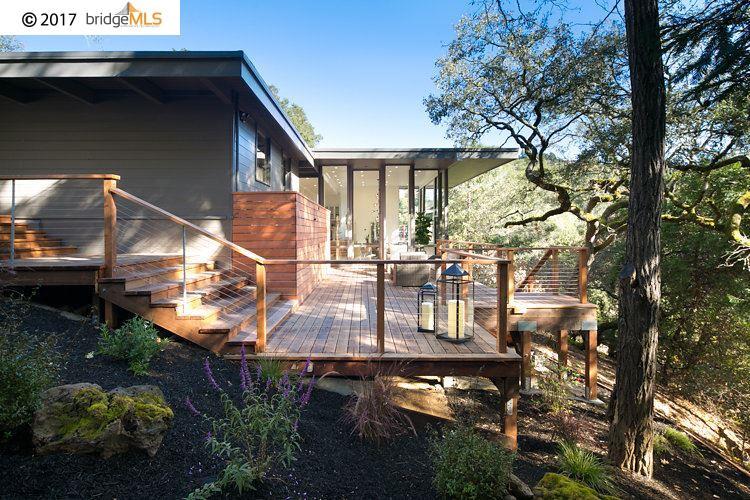 واحد منزل الأسرة للـ Sale في 44 Tarry Lane 44 Tarry Lane Orinda, California 94563 United States