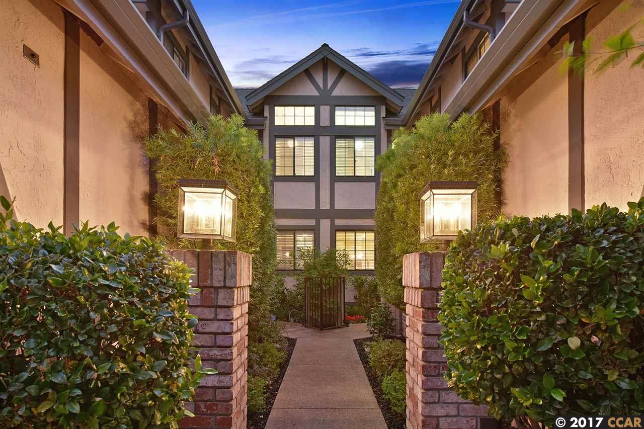 Condominio por un Venta en 172 Haslemere Court 172 Haslemere Court Lafayette, California 94549 Estados Unidos