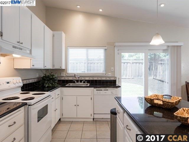 Single Family Home for Rent at 314 Glacier Drive 314 Glacier Drive Martinez, California 94553 United States