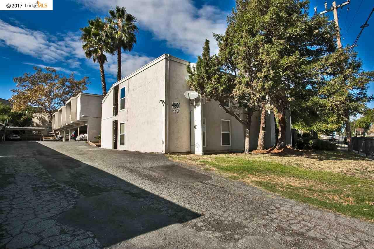 Appartement en copropriété pour l Vente à 4800 Blum Road 4800 Blum Road Martinez, Californie 94553 États-Unis