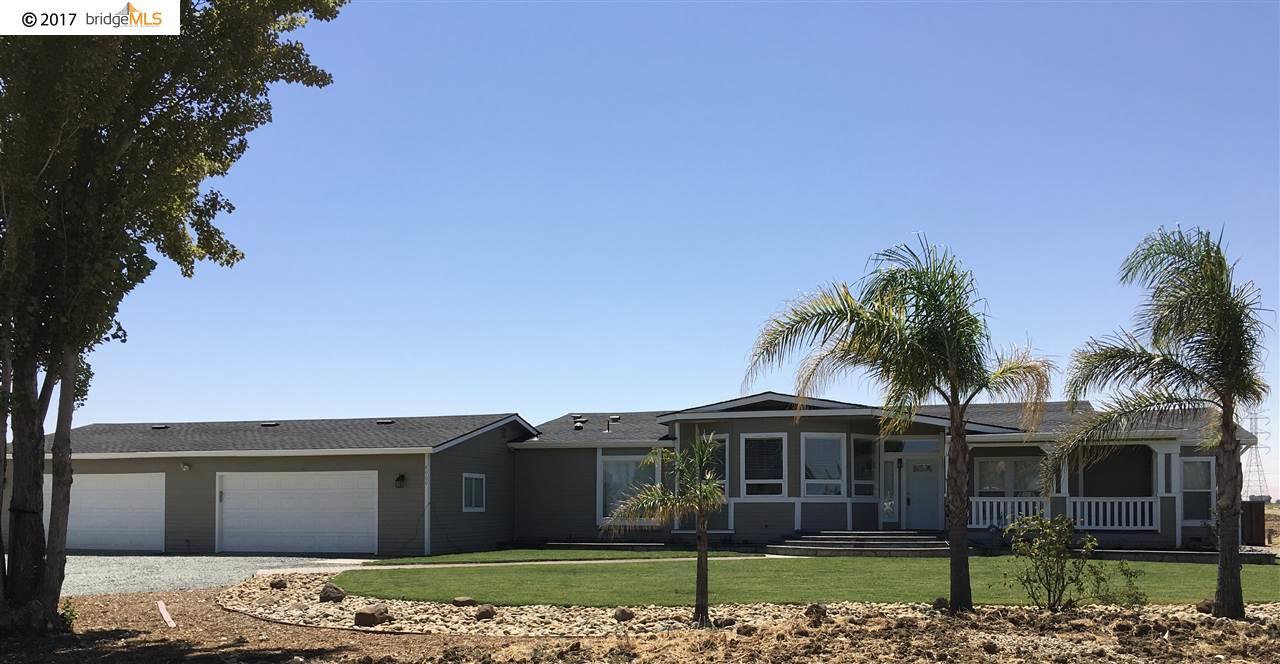 Частный односемейный дом для того Аренда на 8060 Balfour Road 8060 Balfour Road Brentwood, Калифорния 94513 Соединенные Штаты