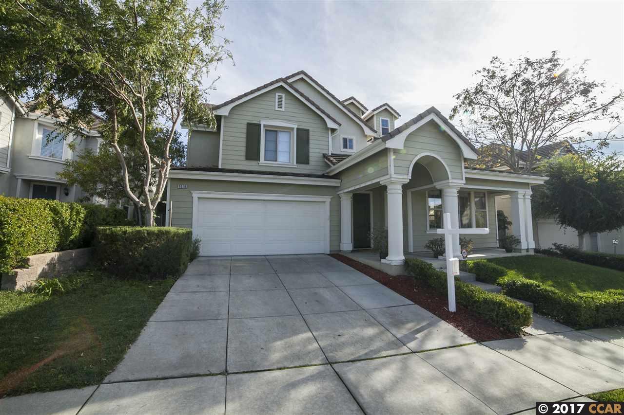 獨棟家庭住宅 為 出售 在 1018 N Shelter Bay 1018 N Shelter Bay Hercules, 加利福尼亞州 94547 美國