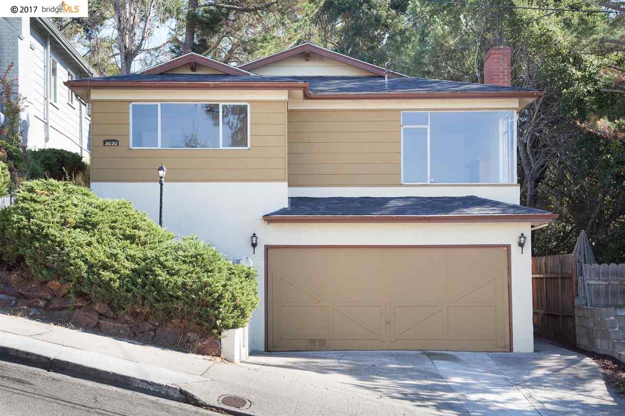 Casa Unifamiliar por un Venta en 3030 75Th Avenue 3030 75Th Avenue Oakland, California 94605 Estados Unidos