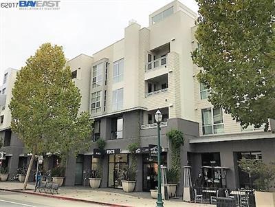 Photo of  1655 N California Blvd