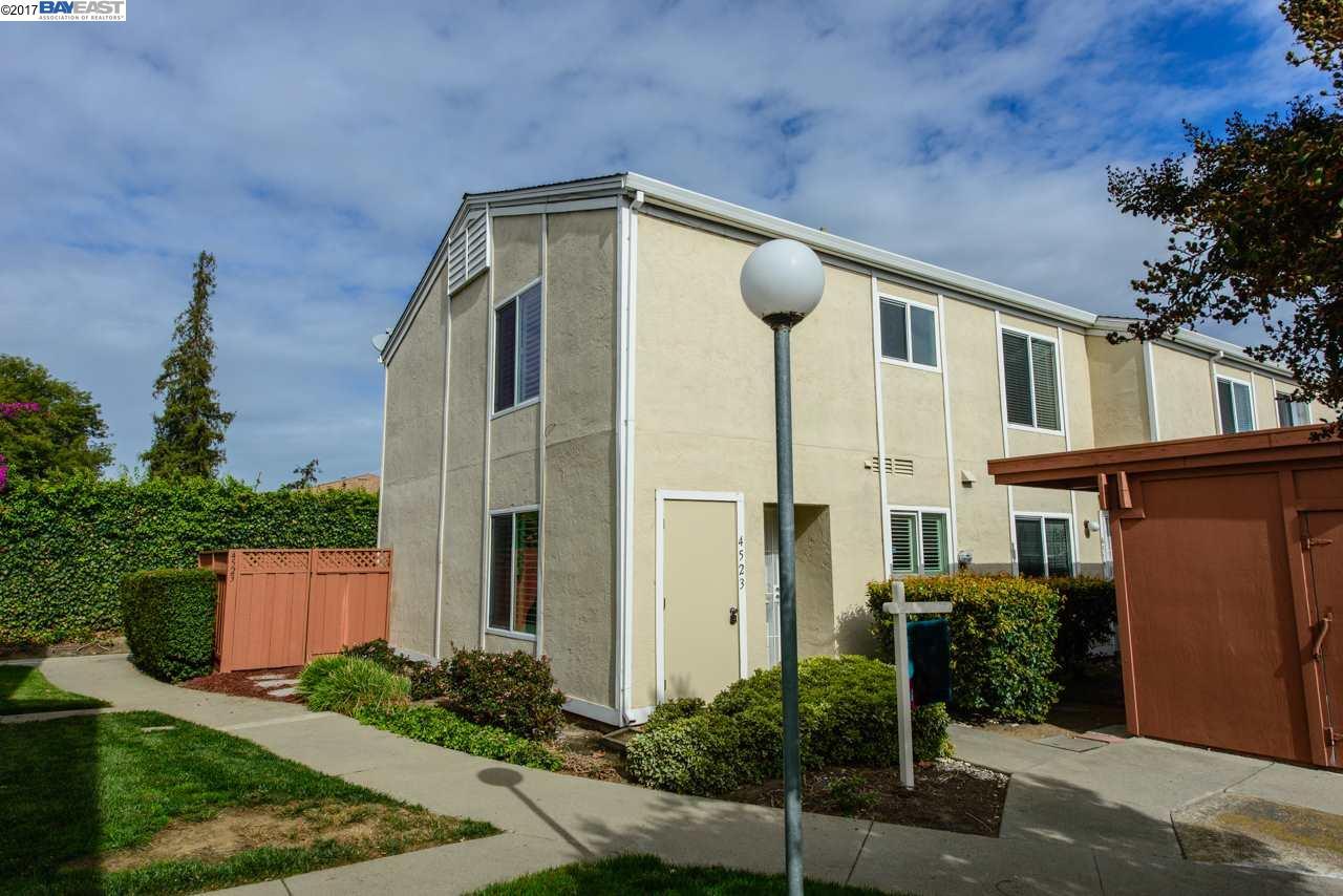 タウンハウス のために 売買 アット 4523 Longview Terrace 4523 Longview Terrace Fremont, カリフォルニア 94538 アメリカ合衆国