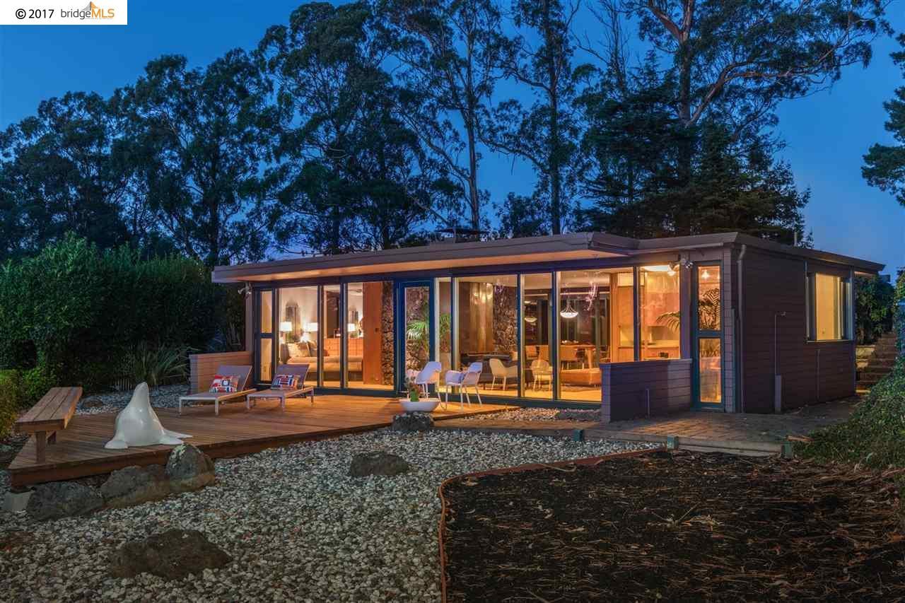 واحد منزل الأسرة للـ Sale في 1465 Vista Road 1465 Vista Road El Cerrito, California 94530 United States
