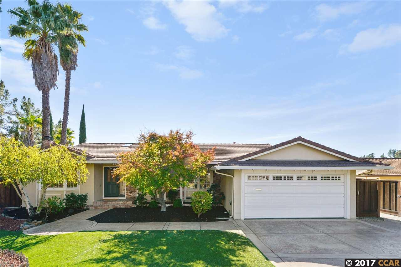 一戸建て のために 売買 アット 232 Calle La Mesa 232 Calle La Mesa Moraga, カリフォルニア 94556 アメリカ合衆国