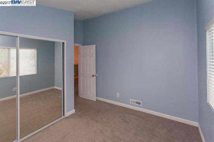 Additional photo for property listing at 1515 Grand River Avenue 1515 Grand River Avenue Shasta Lake, 加利福尼亞州 96019 美國