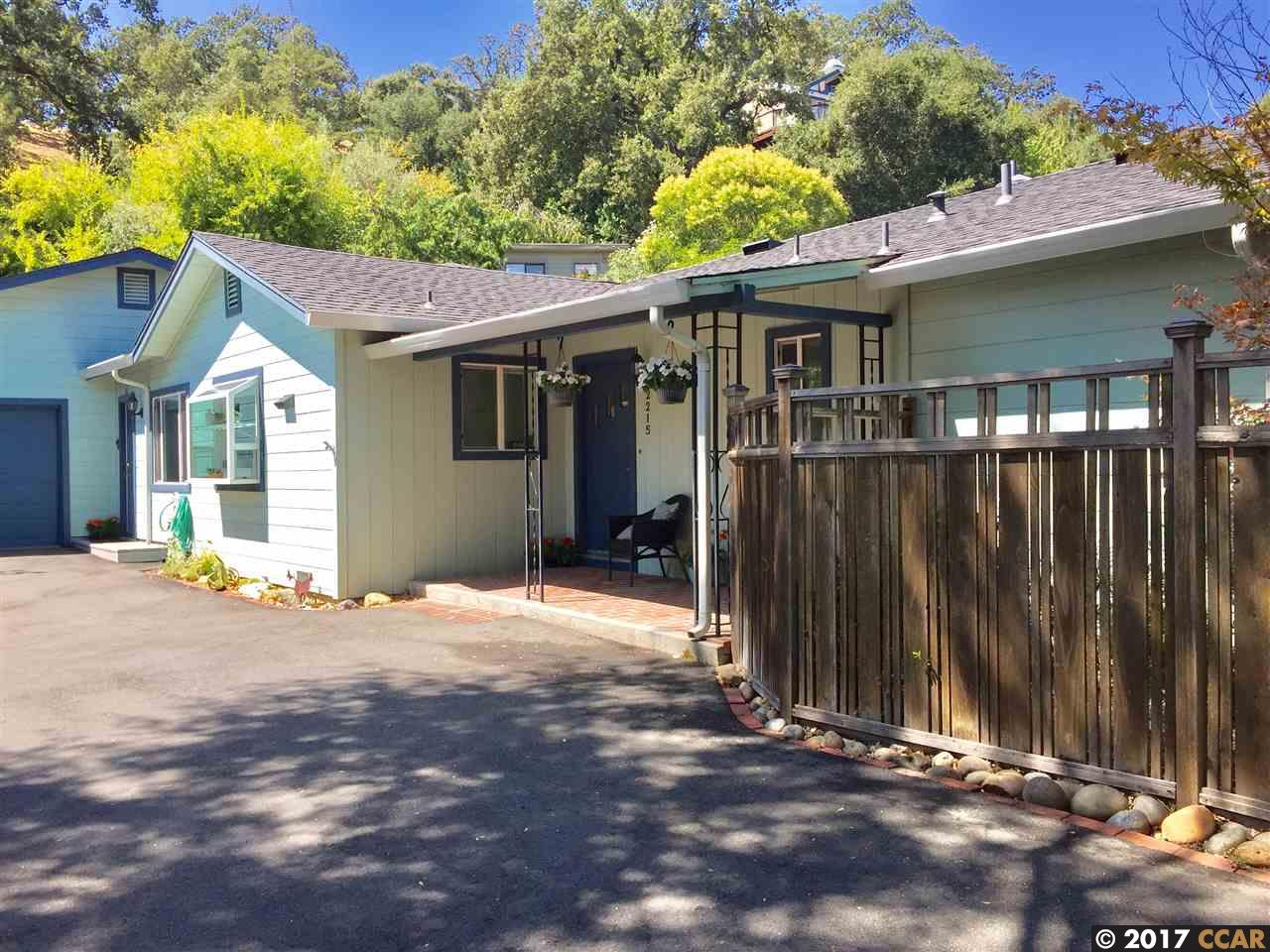 獨棟家庭住宅 為 出售 在 2215 oakvale road 2215 oakvale road Walnut Creek, 加利福尼亞州 94597 美國