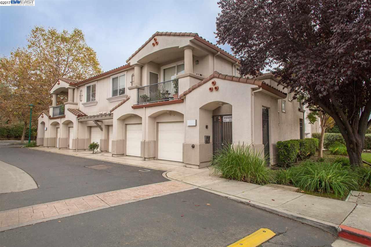 Кондоминиум для того Продажа на 35509 Monterra Ter 35509 Monterra Ter Union City, Калифорния 94587 Соединенные Штаты