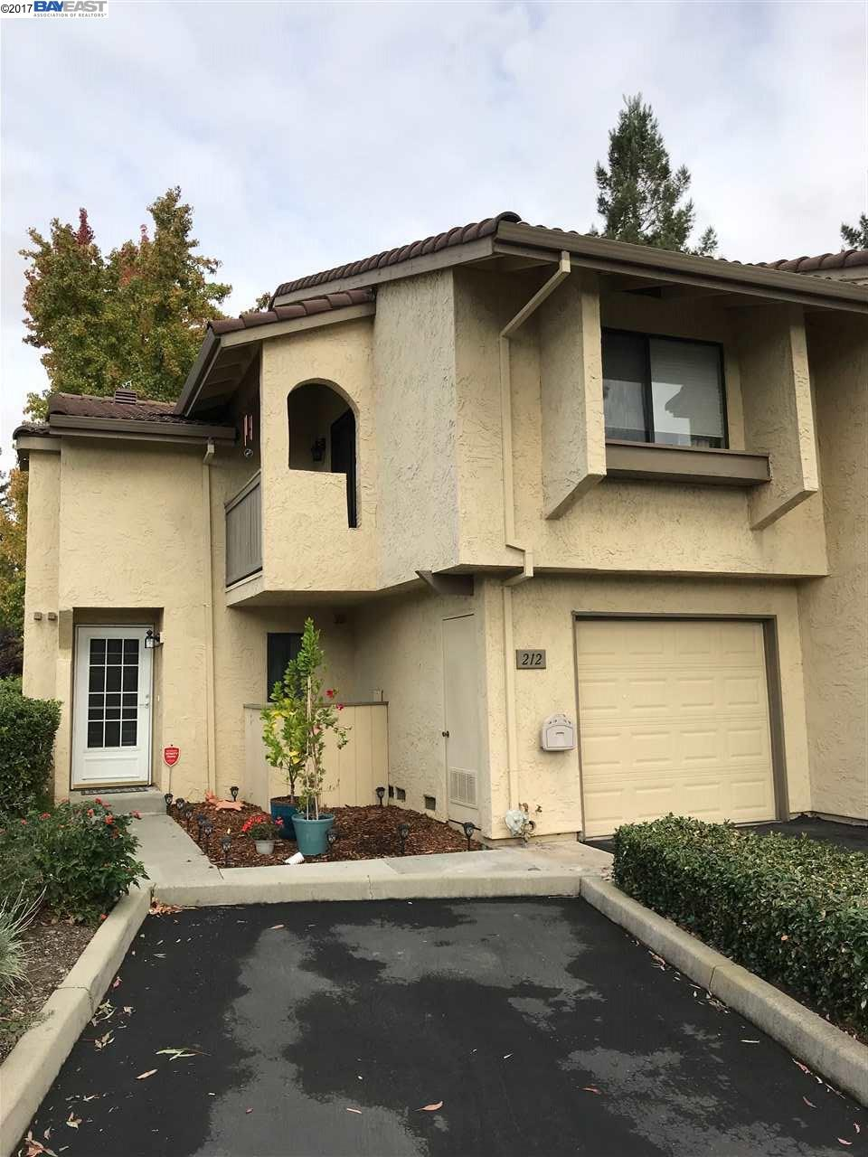 Townhouse for Sale at 212 Garden Common 212 Garden Common Livermore, California 94551 United States