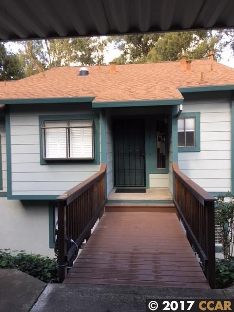 多棟聯建住宅 為 出售 在 3204 Monika Lane 3204 Monika Lane Hayward, 加利福尼亞州 94541 美國