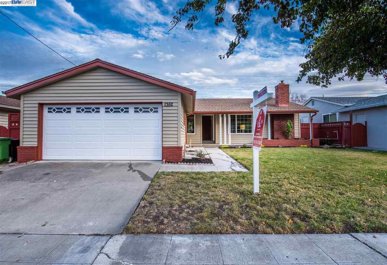 Maison unifamiliale pour l Vente à 1352 Thornwall Lane 1352 Thornwall Lane Hayward, Californie 94545 États-Unis