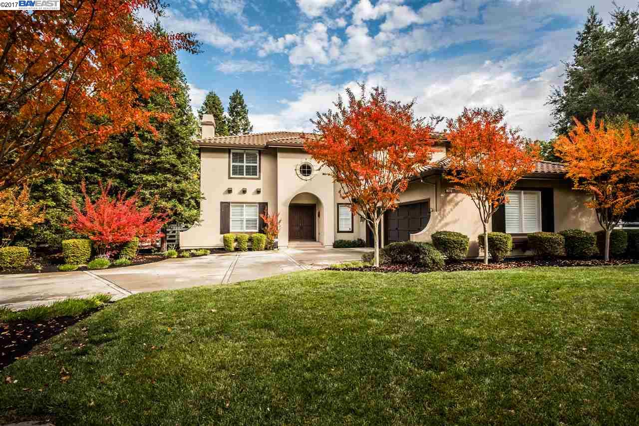 Single Family Home for Sale at 7852 Foothill Road 7852 Foothill Road Pleasanton, California 94588 United States