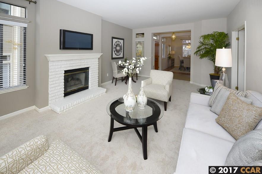 شقة بعمارة للـ Sale في 5357 Terra Granada Drive 5357 Terra Granada Drive Walnut Creek, California 94595 United States