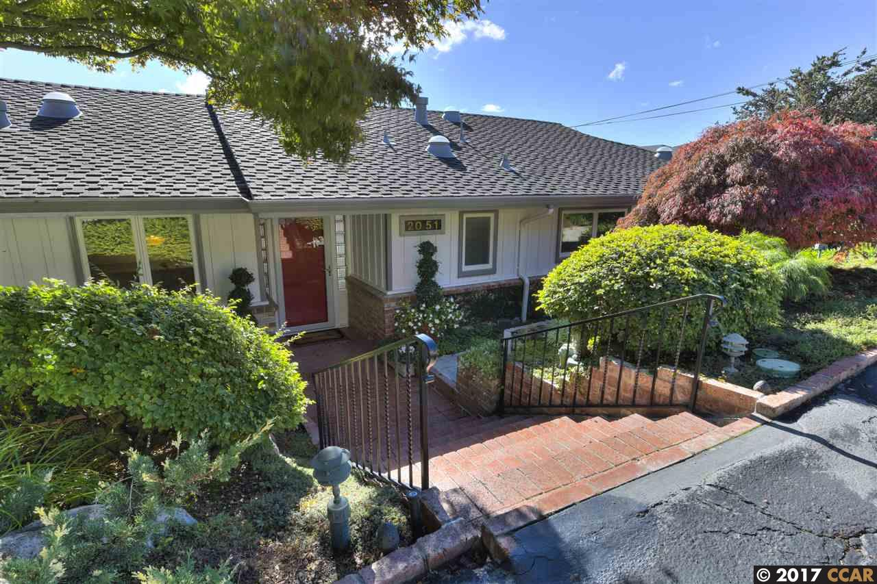 2051 TAMPA AVE, OAKLAND, CA 94611  Photo