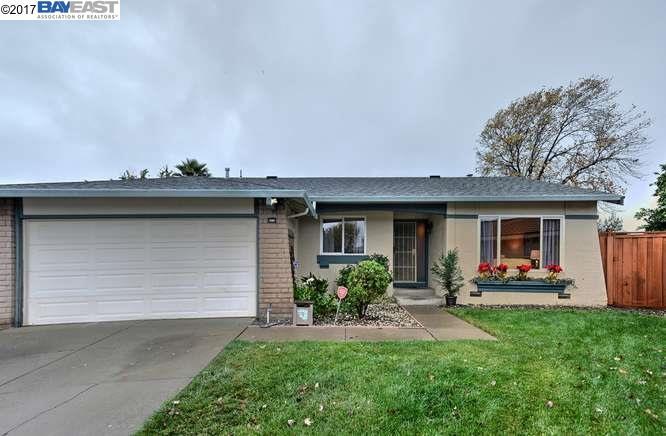 Maison unifamiliale pour l Vente à 3105 Rowe Place 3105 Rowe Place Fremont, Californie 94536 États-Unis