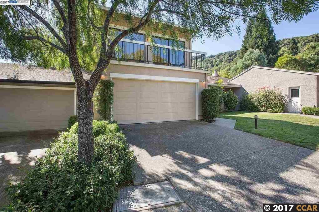 Single Family Home for Rent at 666 Augusta Drive 666 Augusta Drive Moraga, California 94556 United States