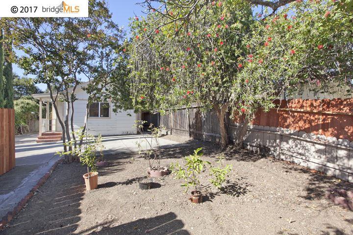 Einfamilienhaus für Verkauf beim 3833 Midvale Avenue 3833 Midvale Avenue Oakland, Kalifornien 94602 Vereinigte Staaten