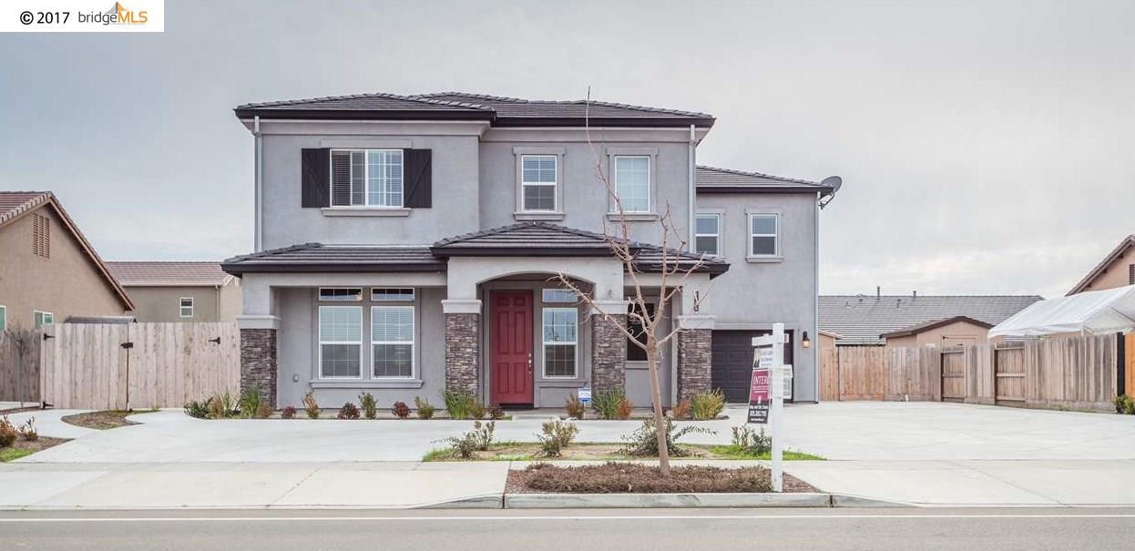 Частный односемейный дом для того Продажа на 1496 W Woodward Avenue 1496 W Woodward Avenue Manteca, Калифорния 95337 Соединенные Штаты