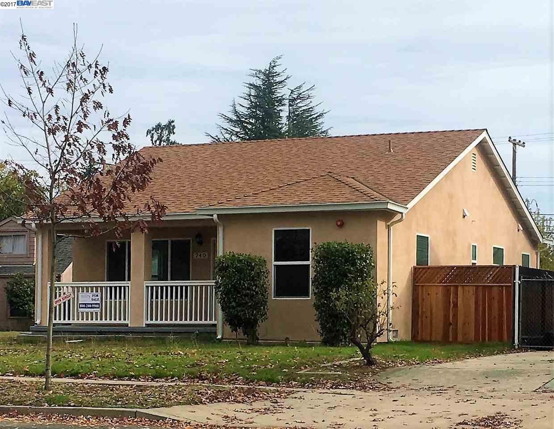 واحد منزل الأسرة للـ Sale في 740 S Church 740 S Church Lodi, California 95240 United States