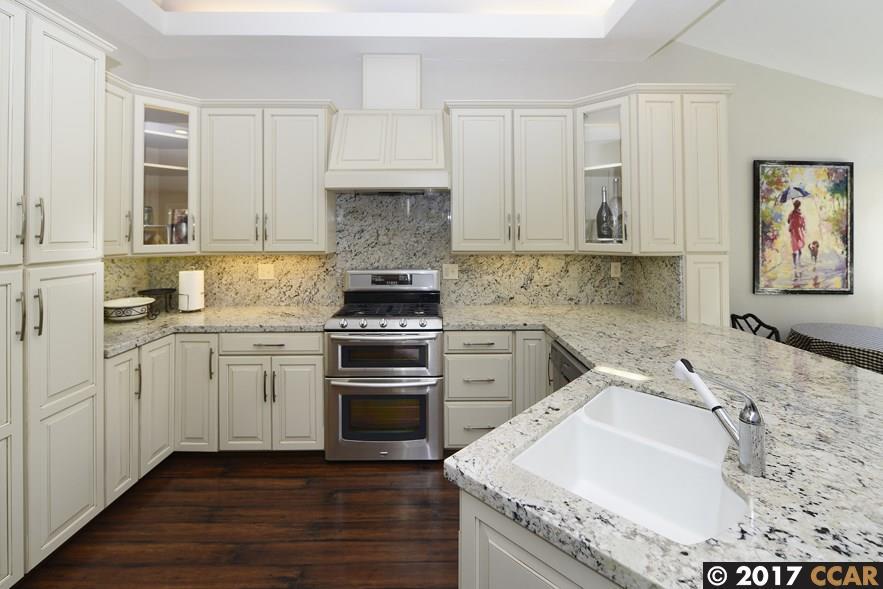 Condominio por un Venta en 5565 Terra Granada Drive 5565 Terra Granada Drive Walnut Creek, California 94595 Estados Unidos