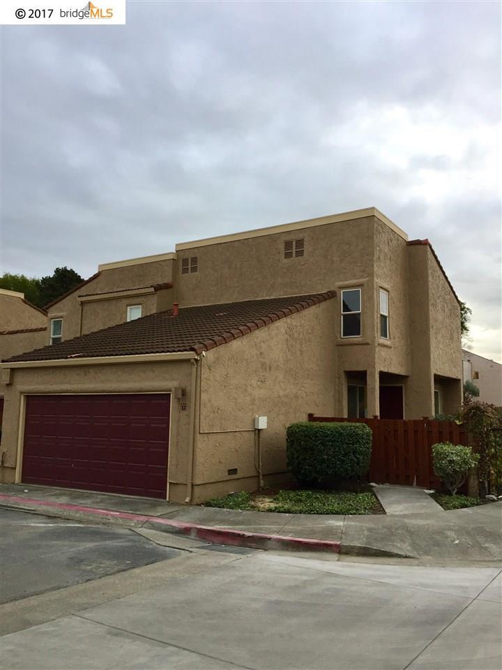 تاون هاوس للـ Sale في 1 Campo Verde Circle 1 Campo Verde Circle San Pablo, California 94806 United States