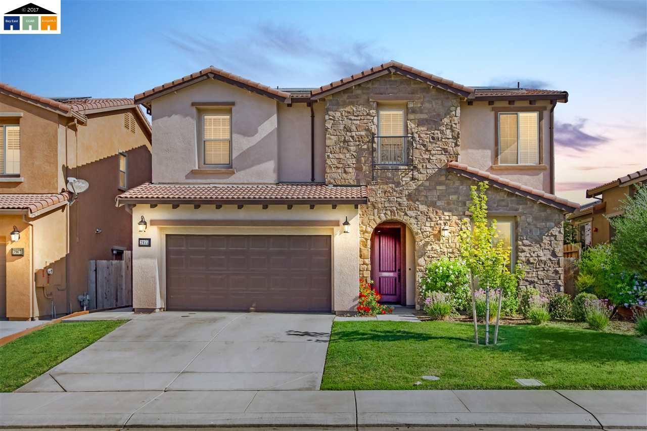 Частный односемейный дом для того Продажа на 3955 Aplicella Court 3955 Aplicella Court Manteca, Калифорния 95337 Соединенные Штаты