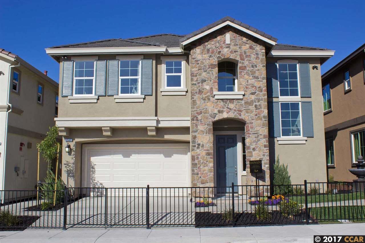 Single Family Home for Sale at 2932 Rio Seco Drive 2932 Rio Seco Drive Pittsburg, California 94565 United States