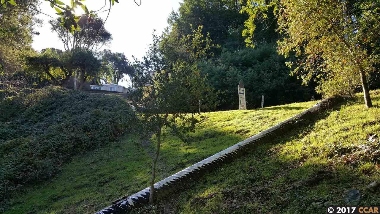 土地 のために 売買 アット Mc Bryde Avenue Mc Bryde Avenue Richmond, カリフォルニア 94805 アメリカ合衆国
