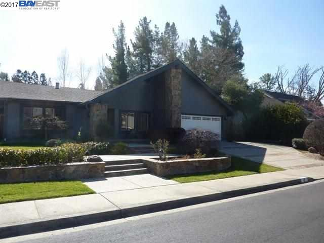 Single Family Home for Rent at 17 W Leeds Court 17 W Leeds Court Danville, California 94526 United States