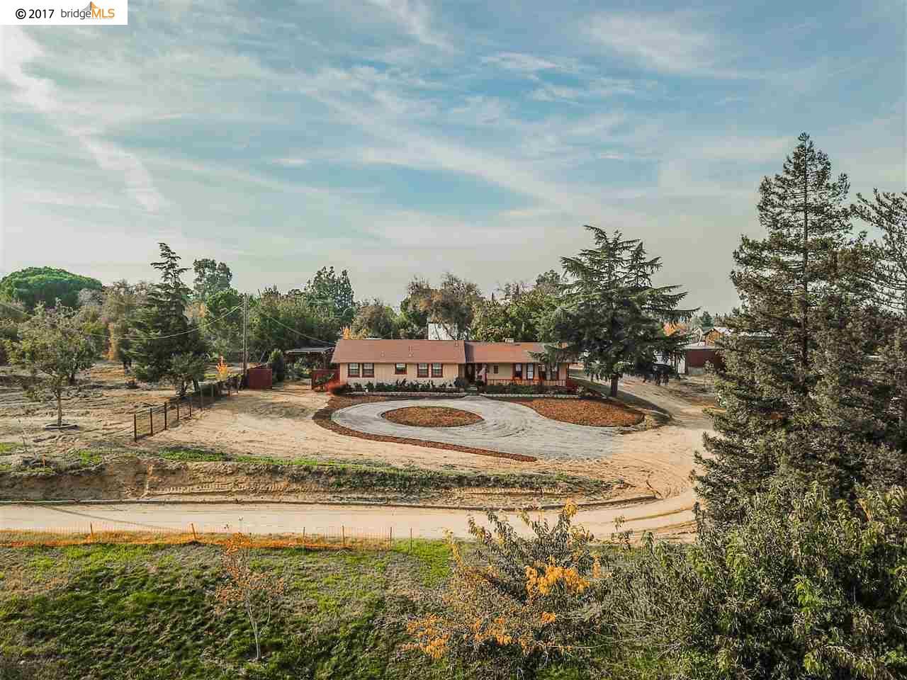 Casa Unifamiliar por un Venta en 1289 Laurel Road 1289 Laurel Road Oakley, California 94561 Estados Unidos