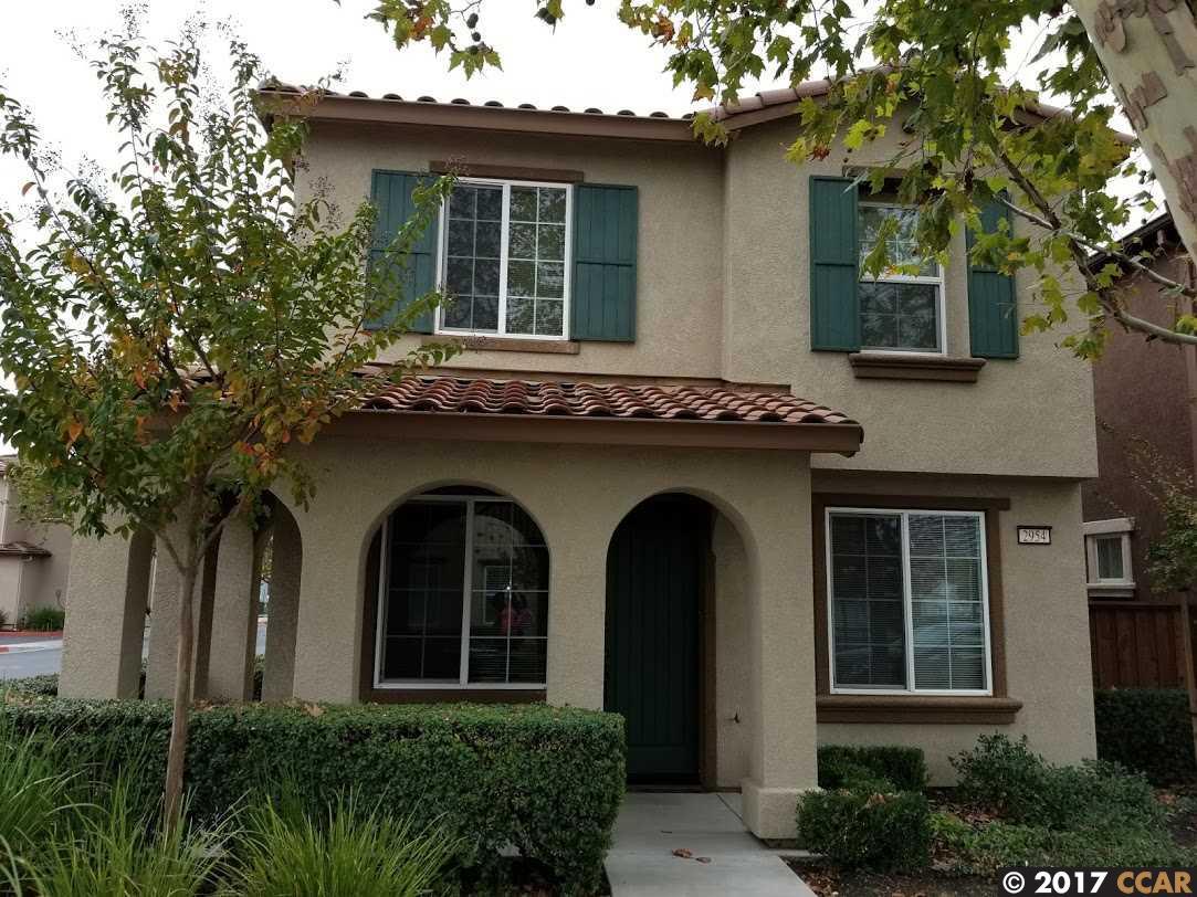 獨棟家庭住宅 為 出租 在 2954 Bella Drive 2954 Bella Drive Concord, 加利福尼亞州 94519 美國