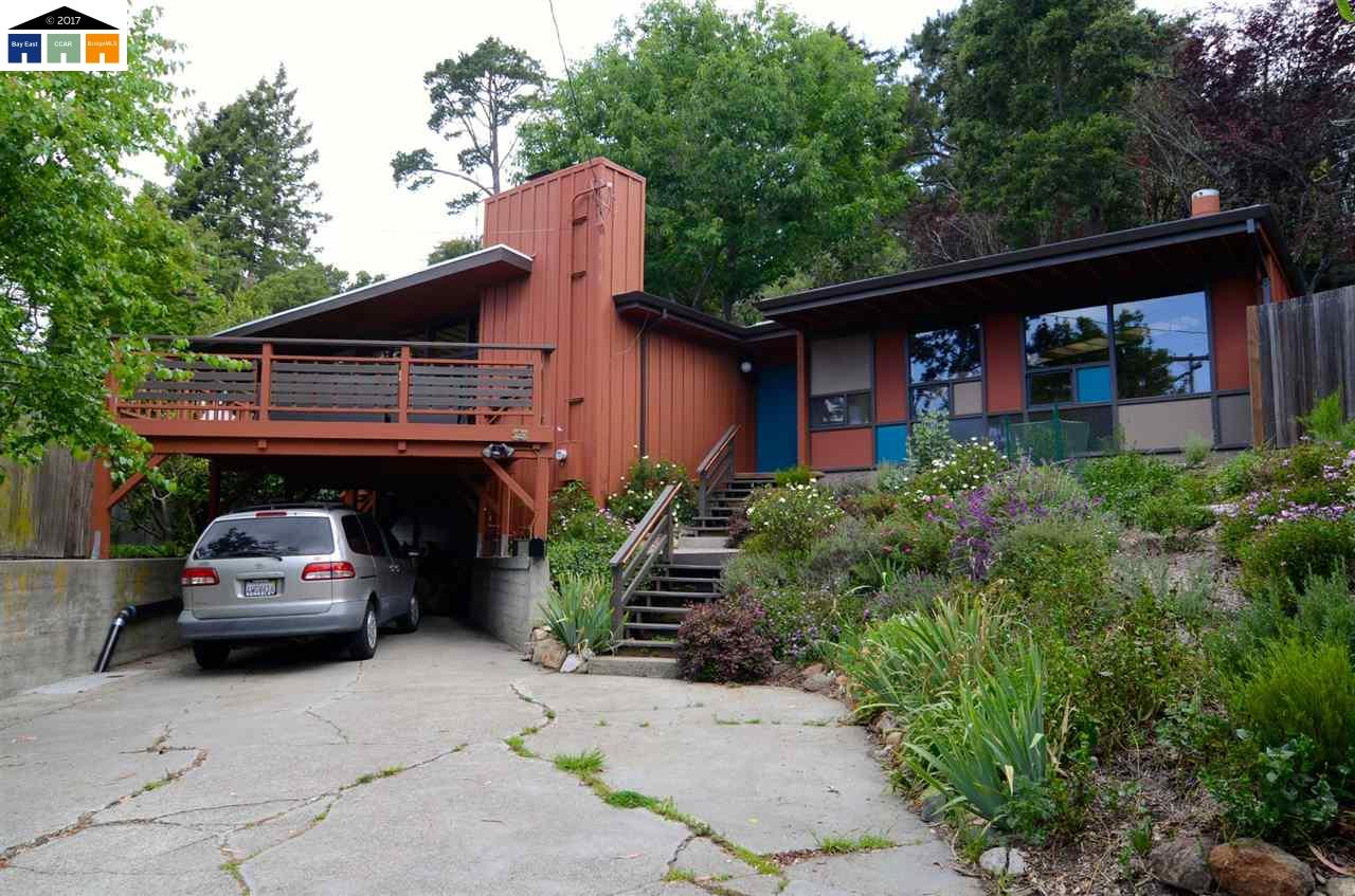 Single Family Home for Rent at 25 Sunset Drive 25 Sunset Drive Kensington, California 94707 United States