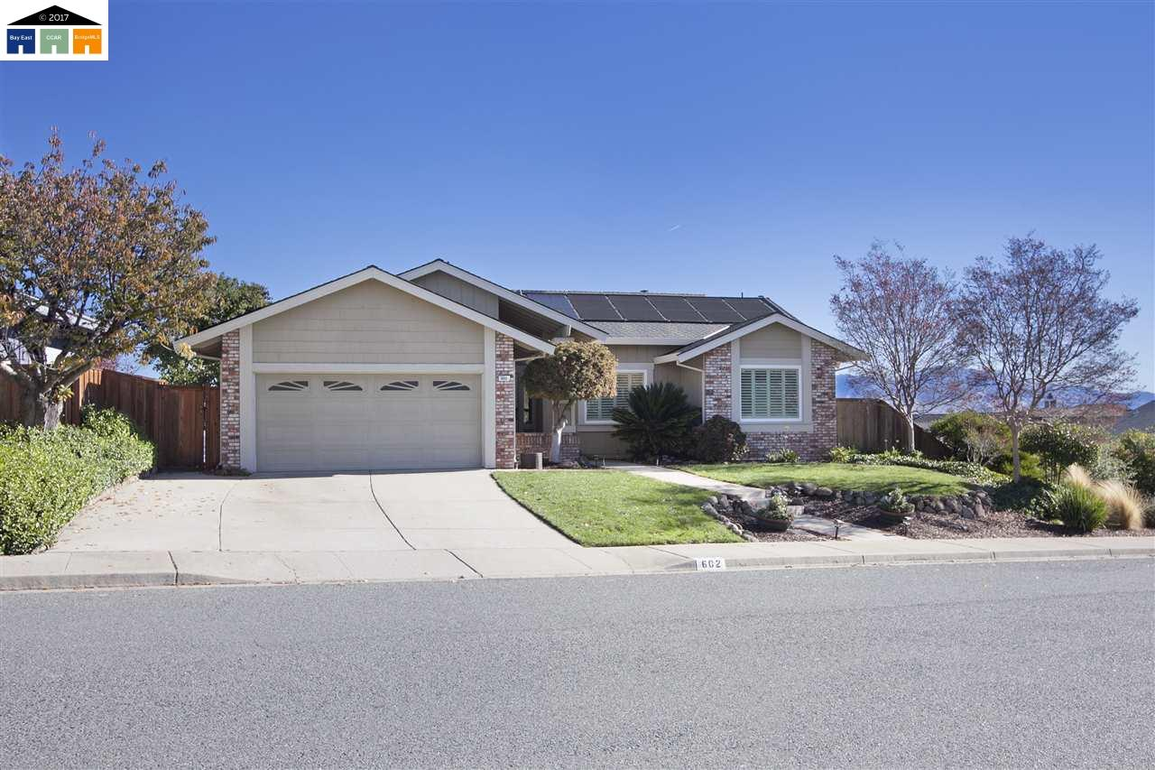 Single Family Home for Sale at 602 Parkhaven Court 602 Parkhaven Court Pleasant Hill, California 94523 United States