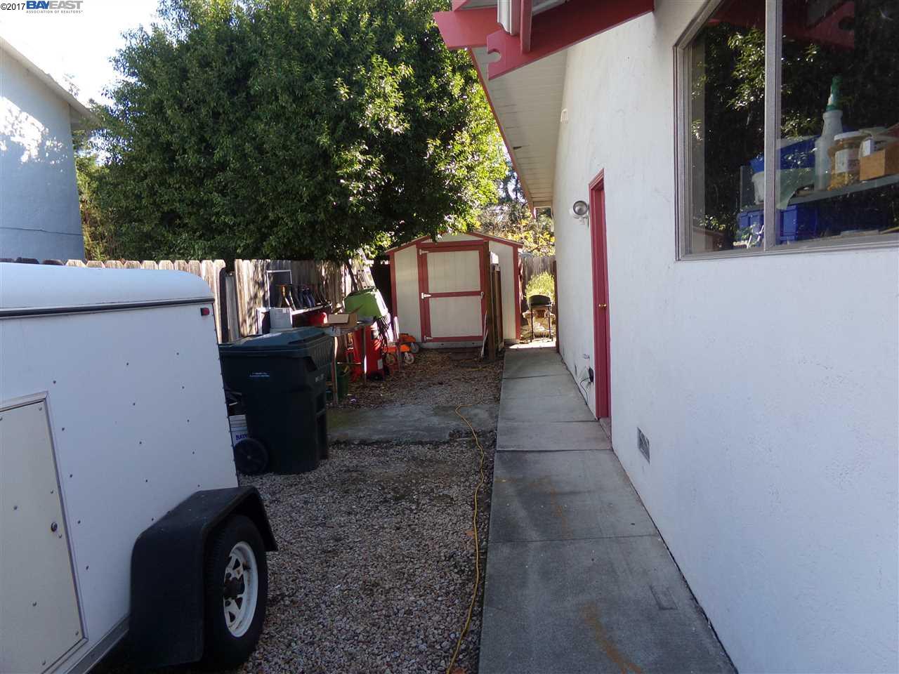 2924 MADEIRA WAY, PLEASANT HILL, CA 94523  Photo