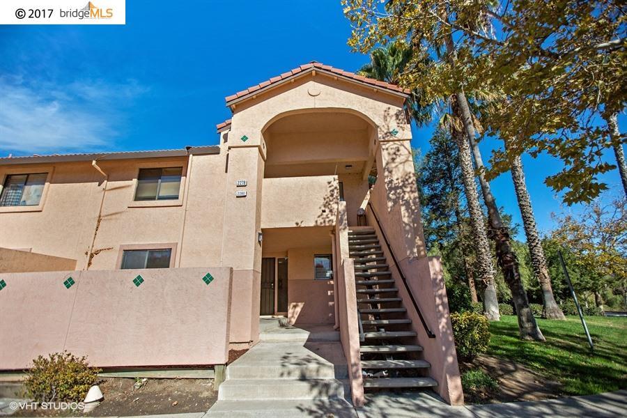 Кондоминиум для того Продажа на 2280 Renwick Lane 2280 Renwick Lane Antioch, Калифорния 94509 Соединенные Штаты